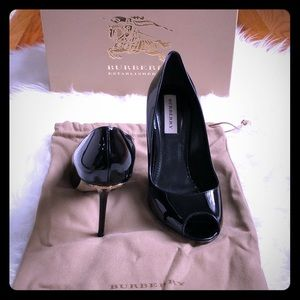 Burberry Black Patent Leather Kensal Pump